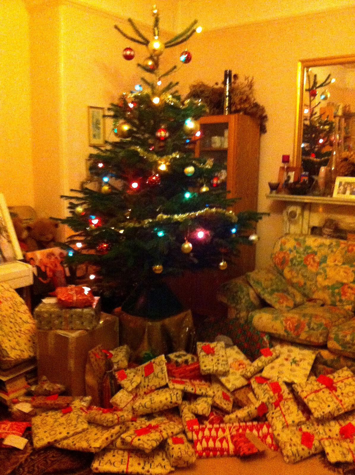 A Czech-English Christmas - Kirst Over The World