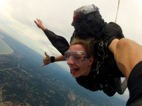 Skydiving in California: How (not) to Stay Calm